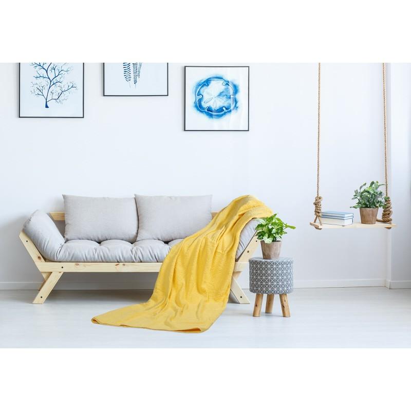 Praktični višenamjenski pokrivač možete koristiti u spavaćoj sobi da zaštitite jorgane i jastuke od prašine i prljavštine. U toplijim mjesecima može koristiti kao pokrivač. U dnevnoj sobi zaštitite kauč ili se ogrnite pokrivačem dok gledate televiziju.  Na odmoru i putovanju koristite ga kao podlogu za plažu, prekrivač za ležajku ili pokrivač u šatoru. Periv je na 60 °C.