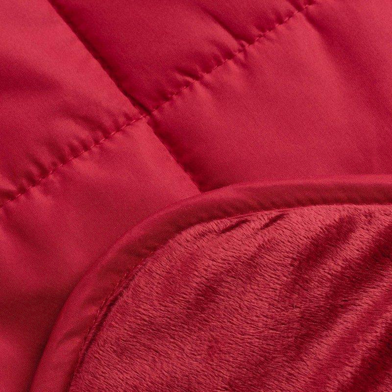 Višenamjenski dekorativni pokrivač SoftTouch 4u1 oduševit će vas svojom funkcionalnošću jer ga možete koristiti kao pokrivač, jastuk, prekrivač i kao džep za noge.  Dobro će doći u kući na kauču, kao pokrivač u autu, nepogrješiv je izbor za piknik i kampovanje. Izrađen je od kvalitetnih i mekanih mikrovlakana koja su veoma tanka i prijatna koži. Mekana i glatka strana  nude mogućnost različite upotrebe. Mekana strana će vas razmaziti, a glatka strana je neklizajuća i pogodna za različite površine. Pokrivač je periv je na 40 °C.