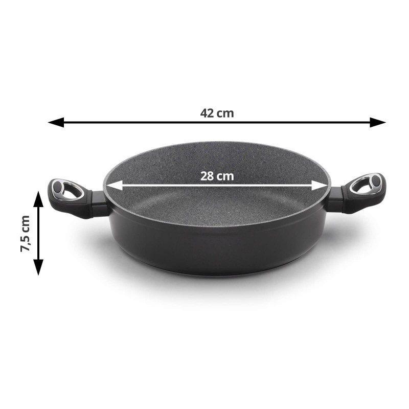 Tava sa dvije ručke prečnika 28 cm spada u rang premijum posuđa sa inovativnim i tehnološki naprednim hrapavim mineralnim premazom razvijenim u Švicarskoj. Neprijanjajući premaz sa izgledom vulkanskog kamena omogućava prirodan način kuhanja i pečenja sa malo masti. Hrana na taj način zadržava sve vitamine i minerale koji našem tijelu trebaju za zdrav život. Pogodno za sve površine za kuhanje, uključujući indukciju, lako se čisti, čak i u mašini za pranje posuđa. Sve Black Lava Stone posude bazirane su na višeslojnoj strukturi što garantuje dug životni vijek i visok nivo otpornosti i izdržljivosti.
