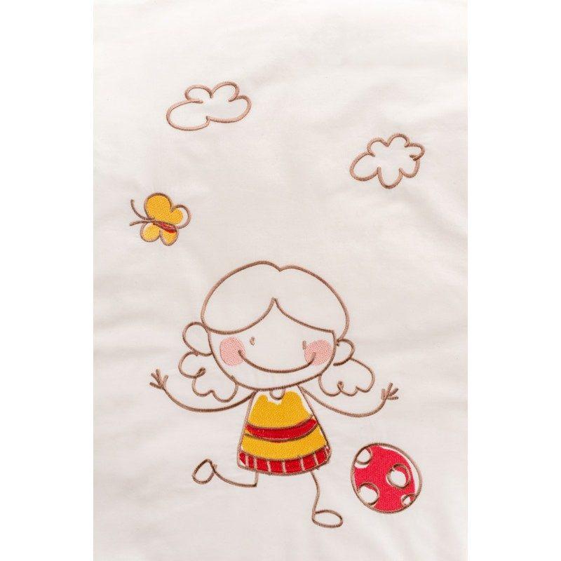 Posteljnina Junior Dream od nebijeljenog pamuka je sve, što je potrebno za nježnu dječiju kožu.
