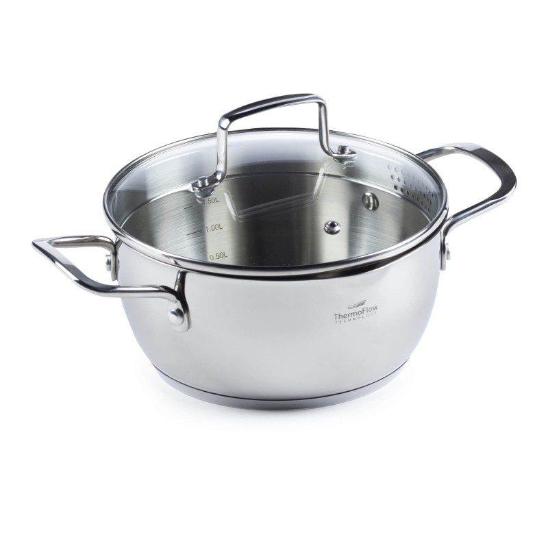 Čelična šerpa Pour & Cook prečnika 20 cm i zapremine 2 l  odlikuje neuništiv, nehrđajući čelik 18/10 i 3-slojno dno koje omogućava brzo, ravnomijerno zagrijavanje i kraće vrijeme kuhanja. Tehnologija ThermoFlow omogućava odličnu distribuciju toplote po cijeloj površini posude i na taj način obezbjeđuje ravnomijerno kuhanje. Za jednostavnije kuhanje šerpa ima mjernu skalu u unutrašnjosti posude, a za lakše odlivanje i isparavanje prilagođeni poklopac i zaobljeni rub posode. Pogodno za sve površine za kuhanje, uključujući indukcionu. Lako se čisti i može se prati i u mašini za pranje posuđa.