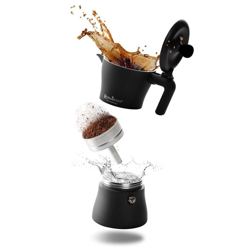 Kafetijera Rosmarino zapremine 150 ml je savršena za pripremu od 1 do 3 šoljice kafe. Izrađena od aluminija i presvučena slojem od nehrđajućeg čelika te je pogodna za upotrebu na indukciji. Paket uključuje i dodatak za pripremu jedne šoljice kafe. Minimalističan dizajn poznatog industrijskog dizajnera Luce Trazzija sa ergonomskom ručkom od SoftTouch materijala garantuje još jednostavniju pripremu kafe. Nakon upotrebe kafetijeru jednostavno isperite pod tekućom vodom.