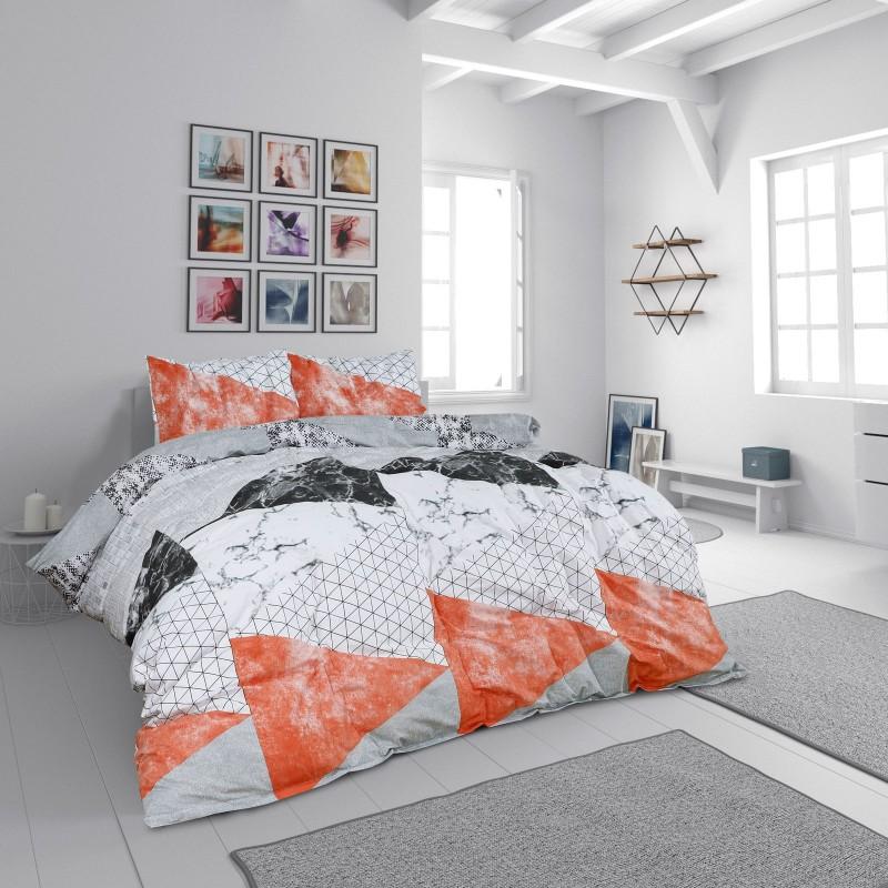 Vrijeme je za potpuno uživanje u modernim pamučnim posteljinama! Posteljina Geometric Pink od renforce platna, mekane tkanine, jednostavne za održavanje. Neka vas oduševi moderan dizajn s printom za udoban i ugodan san. Posteljina je periva na 40 °C.