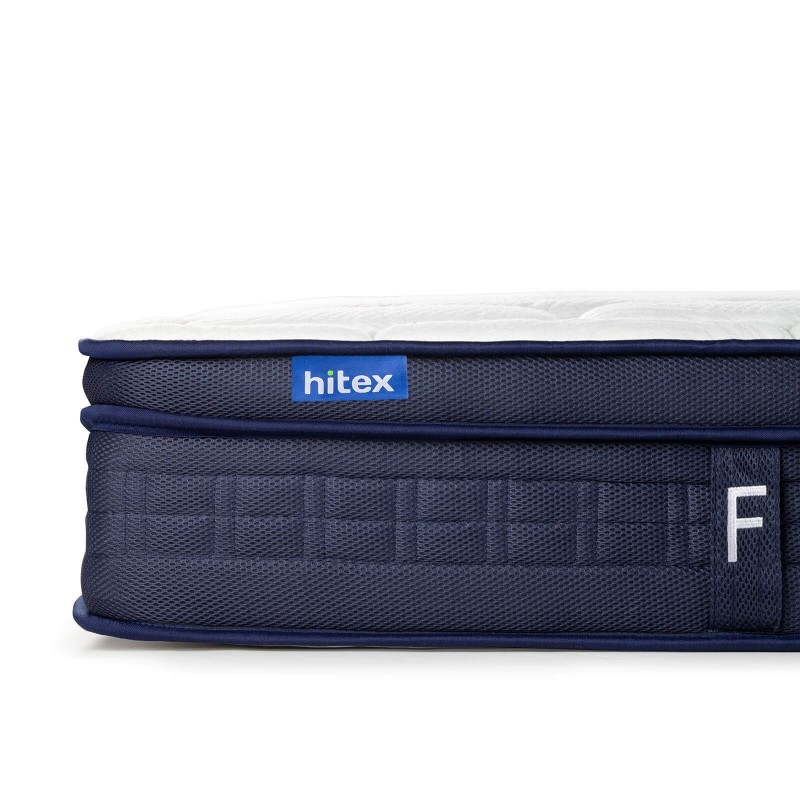 Tvrđi 7-zonski madrac s džepičastim oprugama, Hitex Zero Gravity Firm visok je 24 cm, što pruža potpunu potporu vašem tijelu i udobnost te osigurava da se ujutro probudite odmorni i naspavani. Pojedinačne džepičaste opruge u kombinaciji s dodatnim slojem tvrđe elastične pjene u jezgri i 3 sloja poliuretanske pjene u navlaci madraca osiguravaju savršeno prijanjanje, pravilan položaj tijela i pružaju vam opuštajući i miran san.