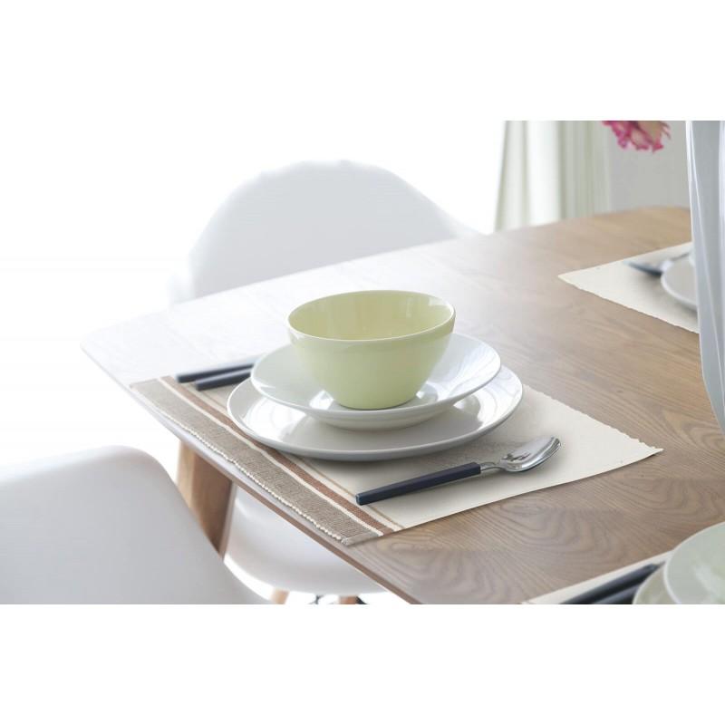 Kvalitetan rebrasti podmetač od 100 % pamuka savršeno štiti vaš sto od mrlja, a istovremeno je prekrasan ukras vaše kuhinje i stola. Rebrasti dizajn podmetača učiniće sto još bogatijim i ljepšim, a sigurno će oduševiti i vaše goste. Rebrasta površina osiguraće bolje prijanjanje, tako da će tanjiri i čaše biti stabilniji. Jednostavno održavanje omogućuje vam da lako uklonite mrlje od hrane ili pića. Podmetač je periv na 40 °C.