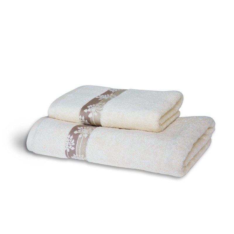 Doživite raskošnu udobnost u svojoj kupaonici! Kvalitetni peškir Orien od pamuka izrađen je od češljane pređe od dugih vlakana. Dugovlaknasti pamuk je mekši i ima bolju moć upijanja i brzo se suši. Klasični jednobojni peškir sa modernom dekorativnom bordurom. Peškir je periv na 60 °C.